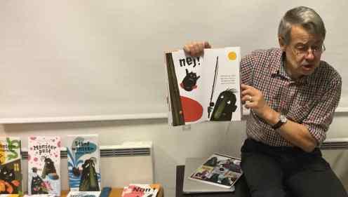 Kalle läser i förskola LOW